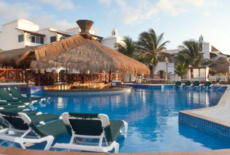 Hidden beach resort mexique eros travel for Piscine libertine