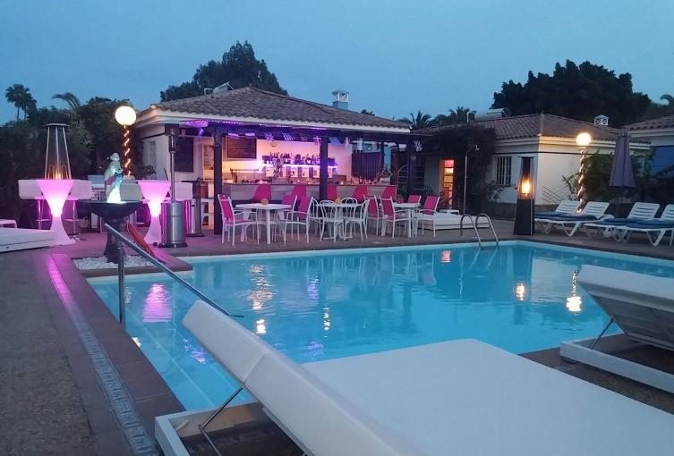 Venus resort gran canaria eros travel for Piscine libertine